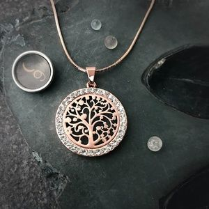 Jewelry - Rose Gold Tree of Life Pendant Necklace